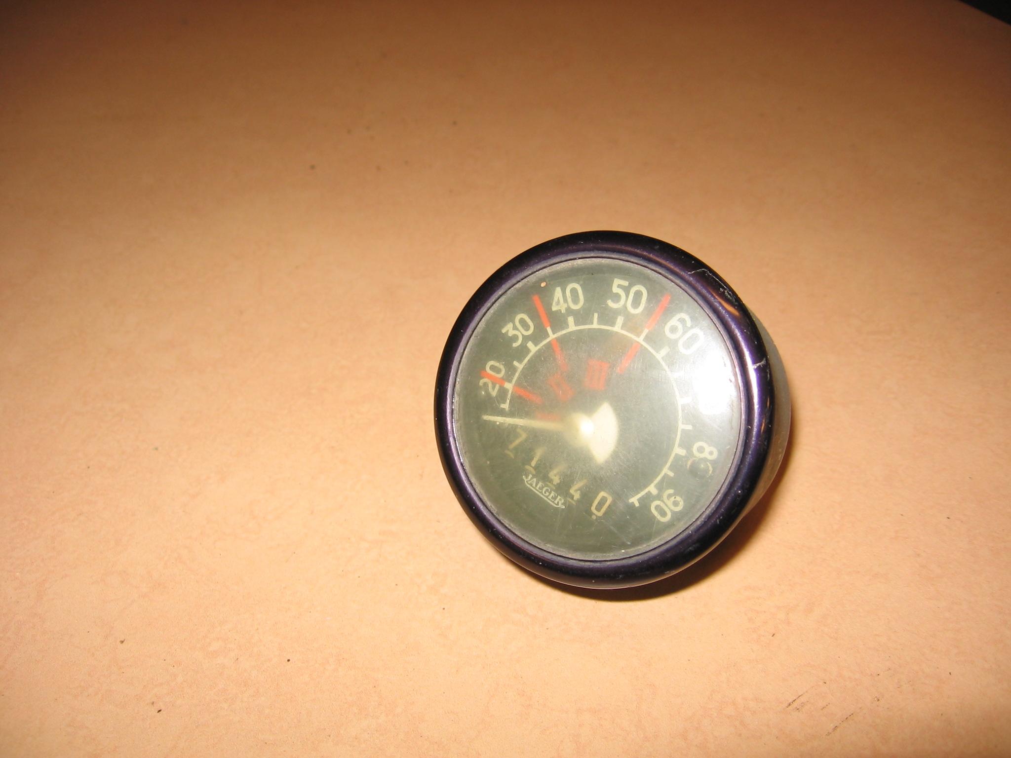 OD0398 Kilometerteller-klokje aan de voorruit, voor 2cv 12pk, jaren '50
