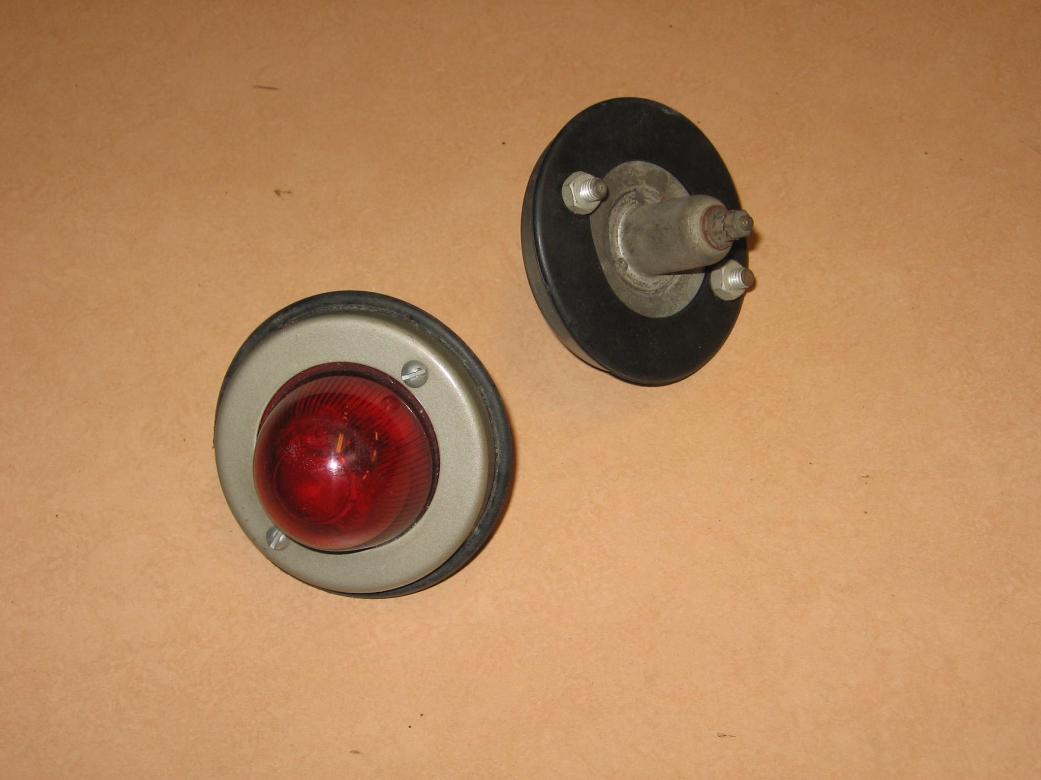 OD0403 Achterlichten compleet, NOS, voor besteleend AU/AZU en HY (idem aan OD402)