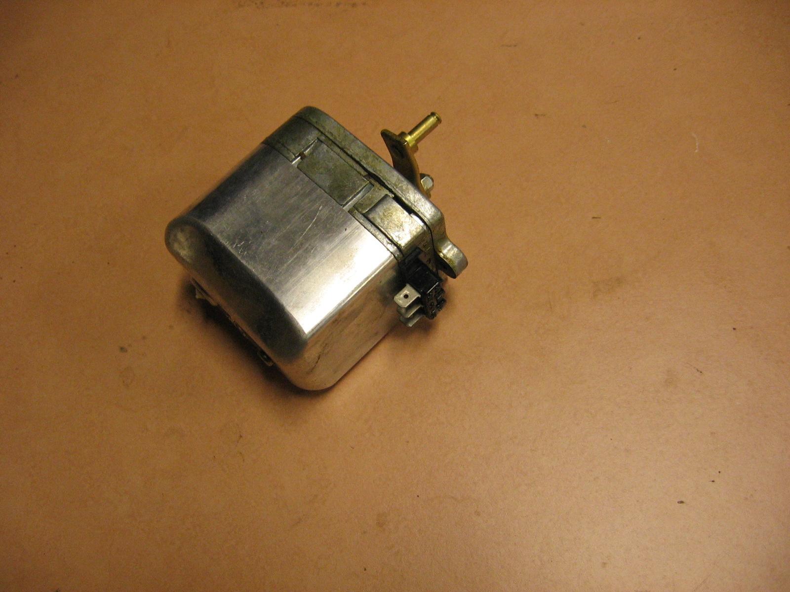 OD0451 ruitenwisser-motor NOS voor Ami 8, merk: Marshall in originele verpakking