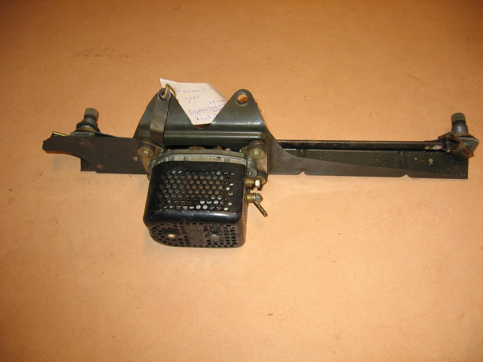 OD0462 ruitenwisser-motor (1ste type) eventueel met frame, voor Dyane, gaaf en getest