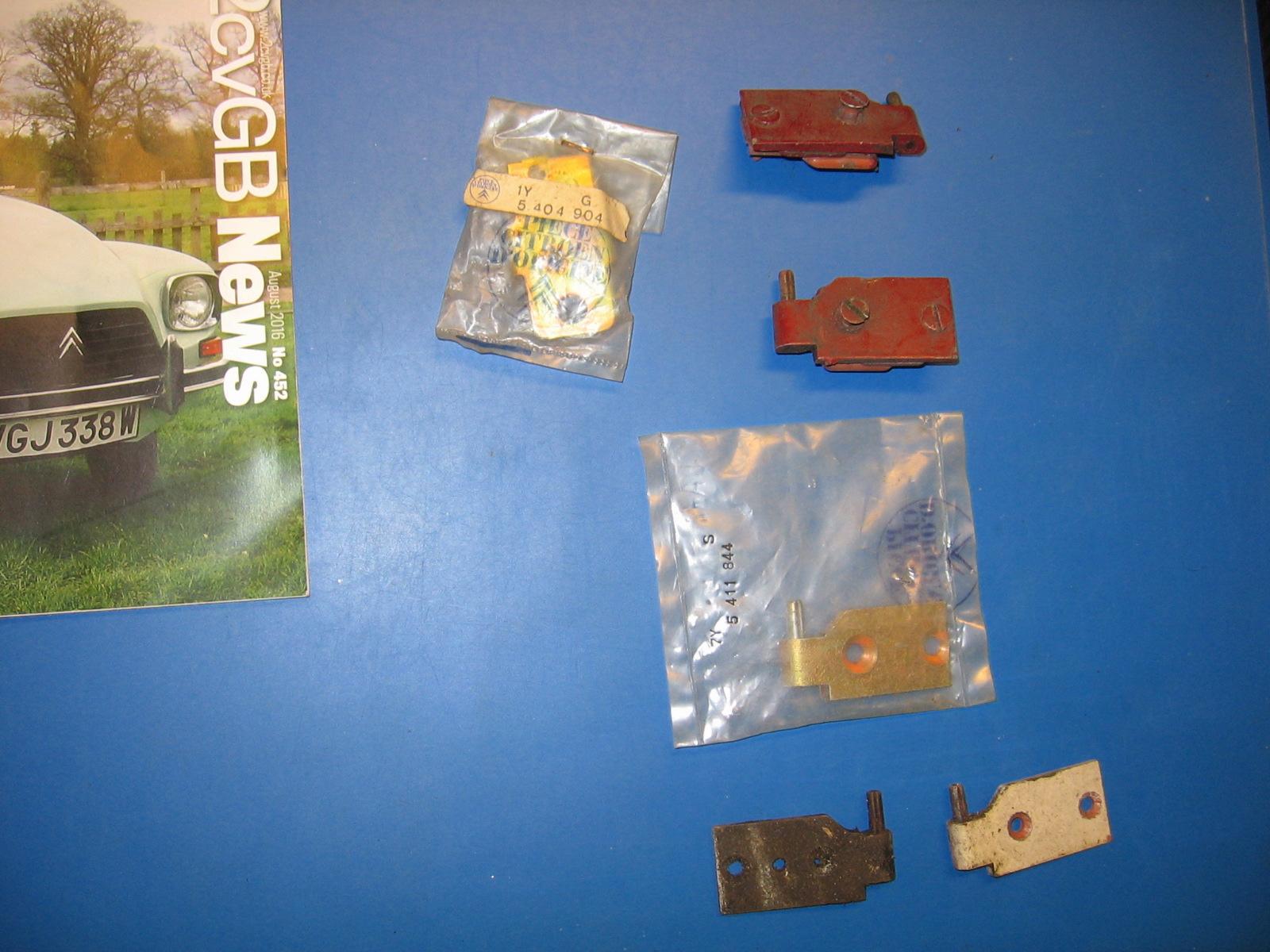 OD0409 deurscharnierplaatjes Dyane