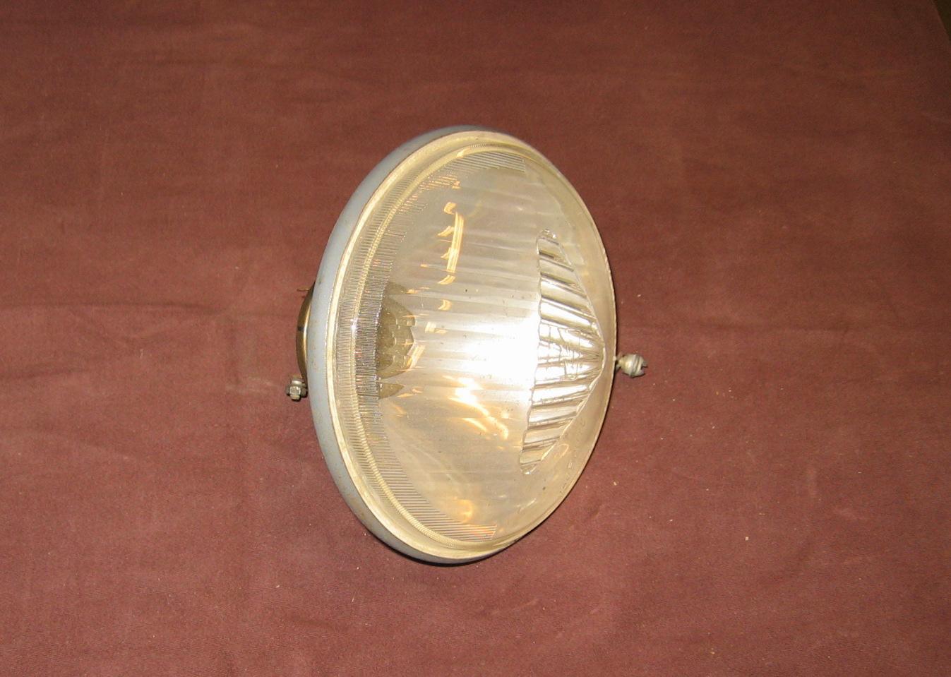 OD0414 koplampreflector jaren '60, met glas Ducellier, NOS